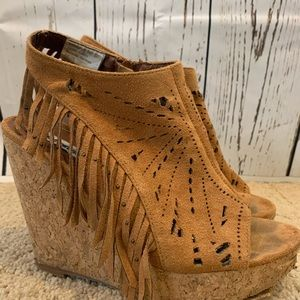 Not Rated Fringe Wedge